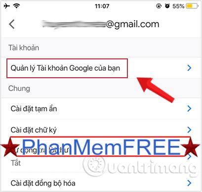 Chọn mục Quản lý tài khoản Google của bạn.