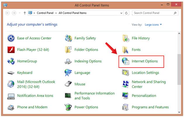 Đi tới menu Internet Options trong Control Panel.