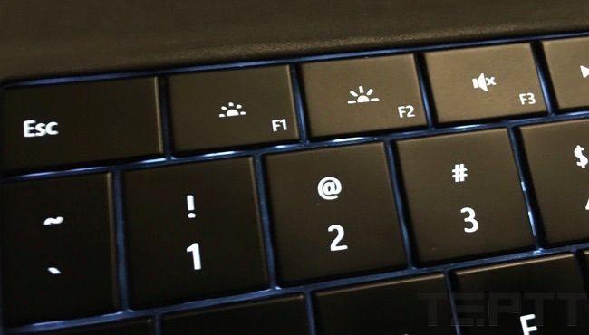 cach chinh do sang man hinh laptop 1